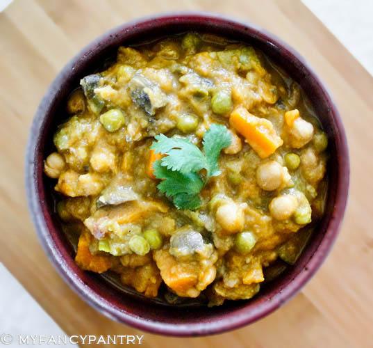 Pure veg. curry –no cream, yogurt…nothin' but veggies!