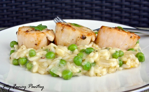 Pan Seared Scallops With Sweet Pea, Tarragon and Lemon Risotto