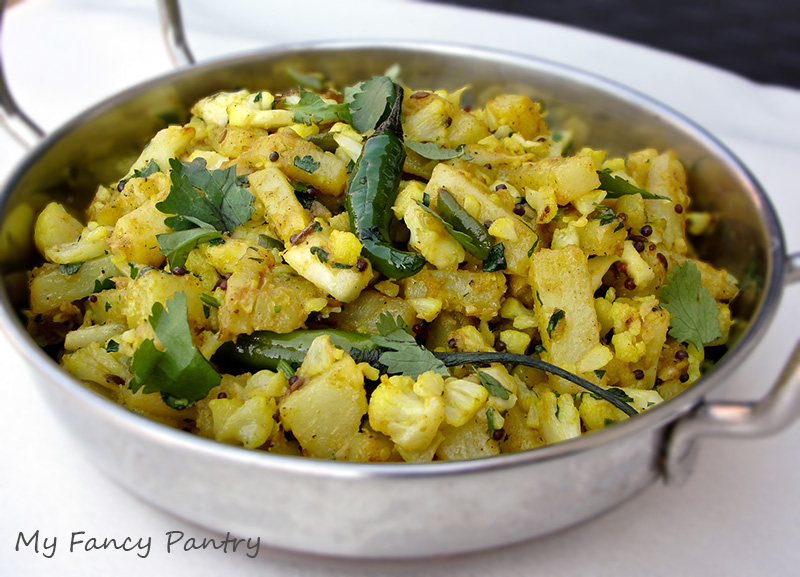 aloo gobi spiced cauliflower and potatoes aloo gobi spiced cauliflower ...