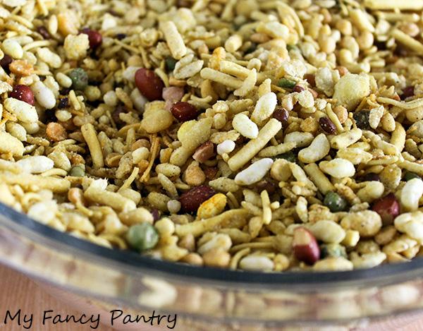 Indian Snack Bars (Indian-Inspired Rice Krispie Treats)   My Fancy ...
