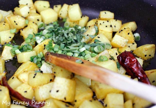 Bengali Mustard Oil Potatoes